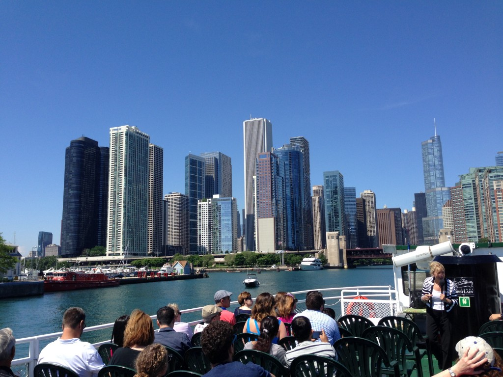 Architectural boat tour